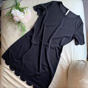 🍍2 for $10! Black Scalloped dress